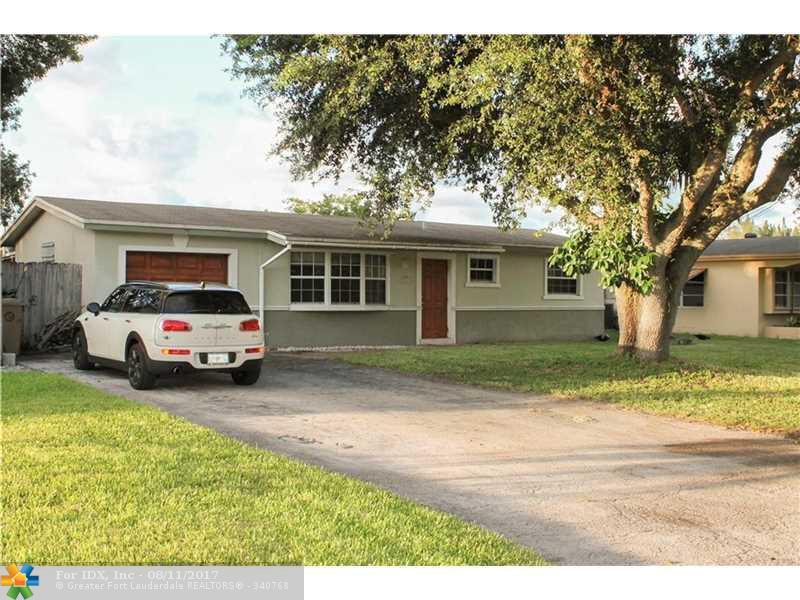 5611 SW 55th St, Davie, FL 33314