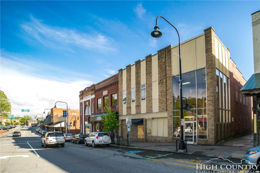 671 W King Street, Boone, NC 28607