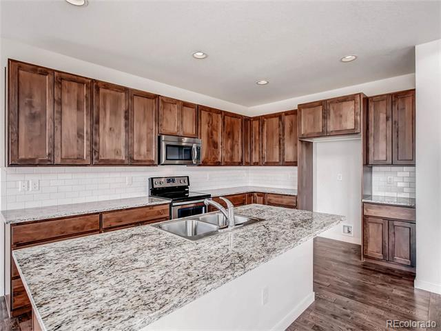 42065 N Pinehurst Circle, Elizabeth, CO 80107