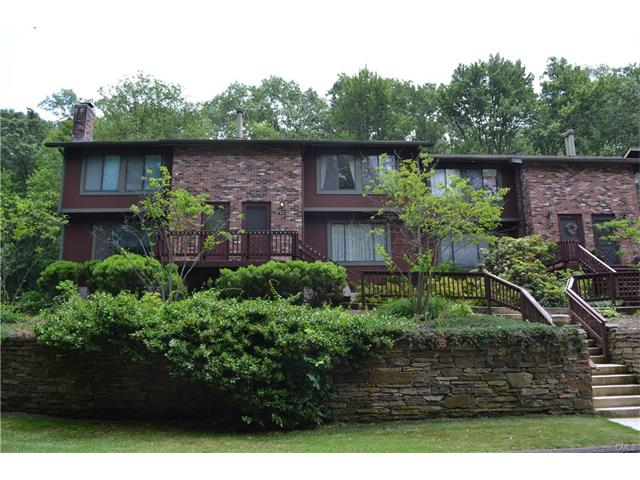 70 Cliffside Drive B, Manchester, CT 06042