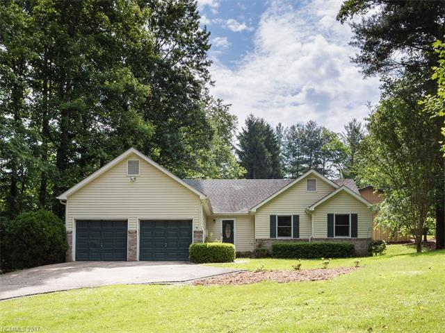 Great one level home close to Downtown Hendersonville but not in the city! New carpet and paint, line new hardwoods, new Trane furnace and dishwasher in 2014, open floor plan, nice size master suite, walk-in closets in each BR, large front yard, 2 car garage. Move in ready affordable home!