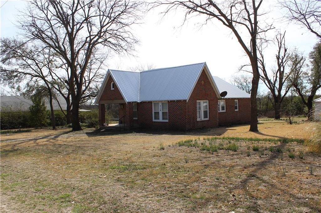 316 W Baker, Hamilton, TX 76531