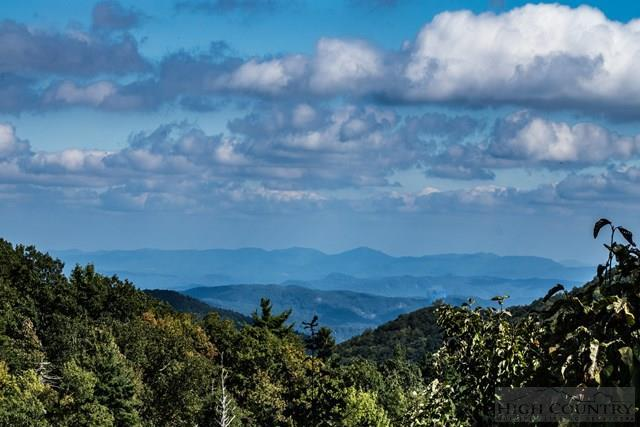 391 Boone Coffey Trail  N/A, Blowing Rock, NC 28605