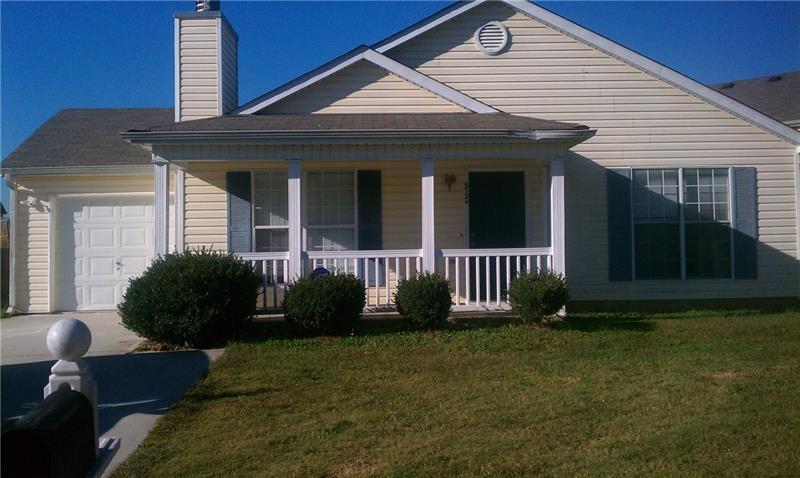 5724 EAGLES FEATHER Lane, Riverdale, GA 30274