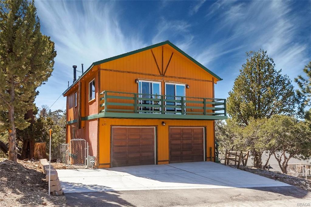 577 Villa Grove Avenue, Big Bear City, CA 92314