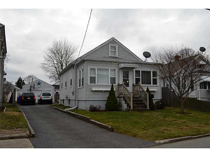 77 WINDSOR RD, Pawtucket, RI 02861