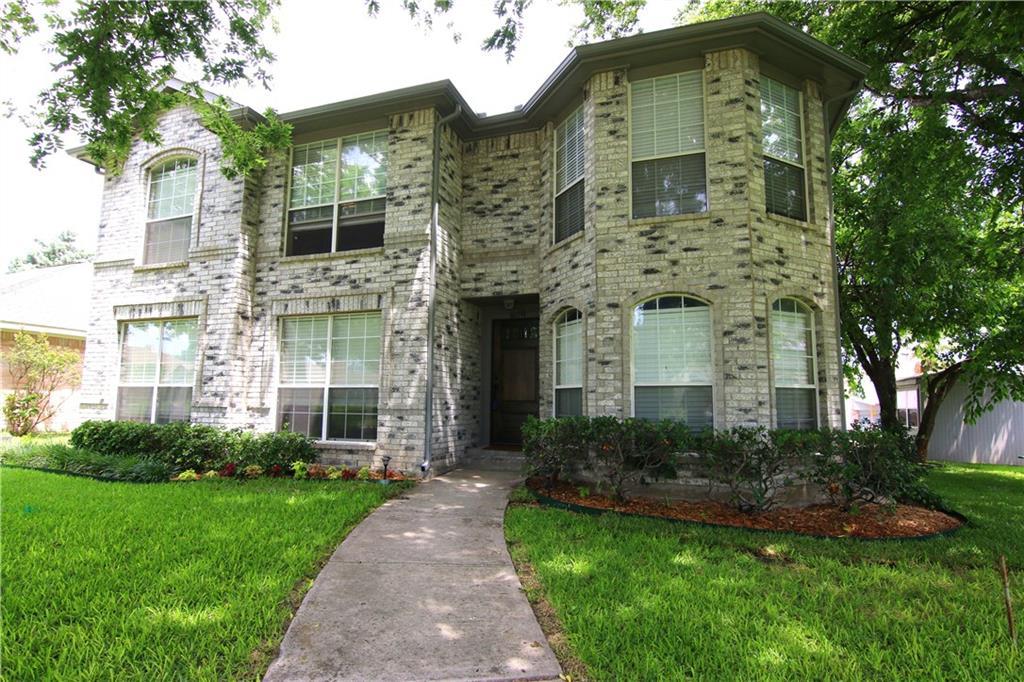 809 Heatherwood Drive, Wylie, TX 75098