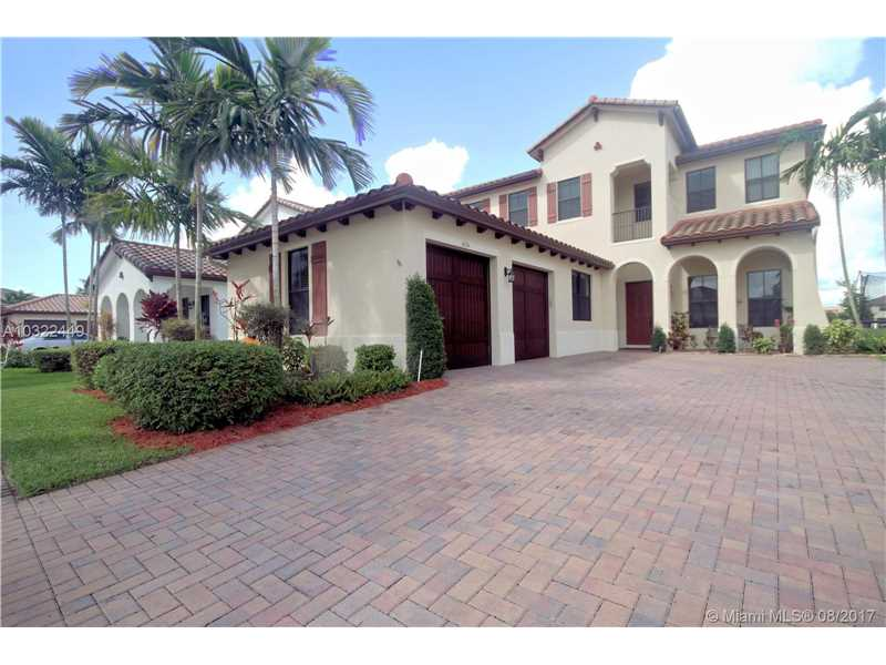 3654 NW 82nd Dr, Cooper City, FL 33024