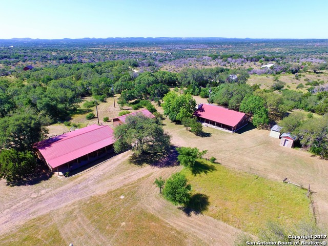 406 Weddle Rd, Johnson City, TX 78636