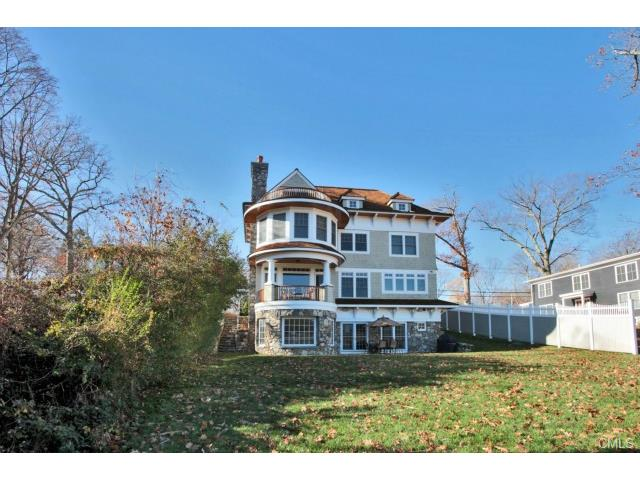 391 Riverside Avenue, Westport, CT 06880