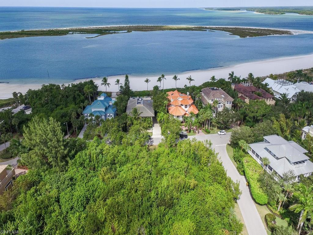 950 Sand Dune DR, MARCO ISLAND, FL 34145