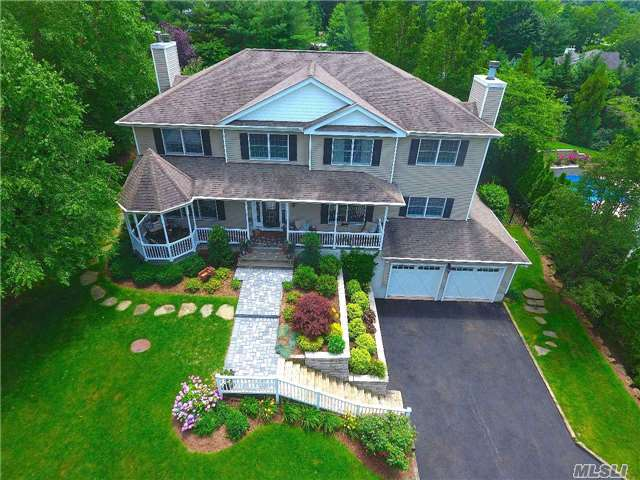 10 Timberpoint Dr, Northport, NY 11768