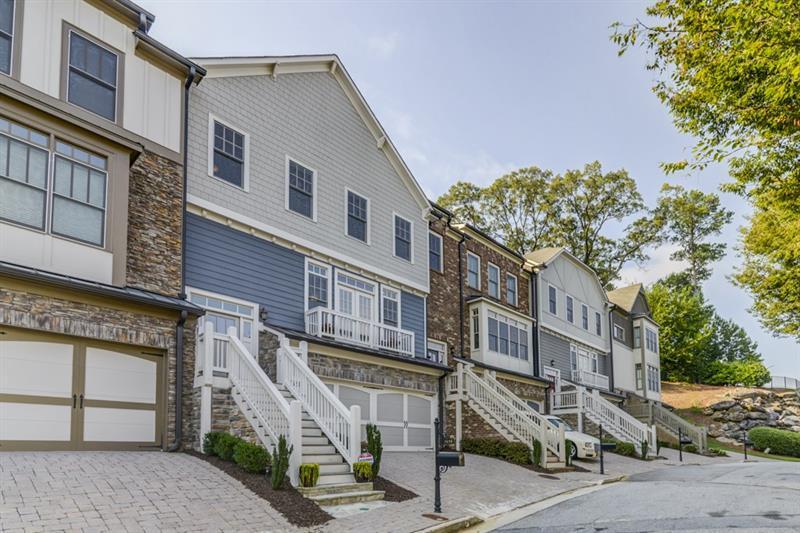 1658 NW Gilstrap Lane, Atlanta, GA 30318