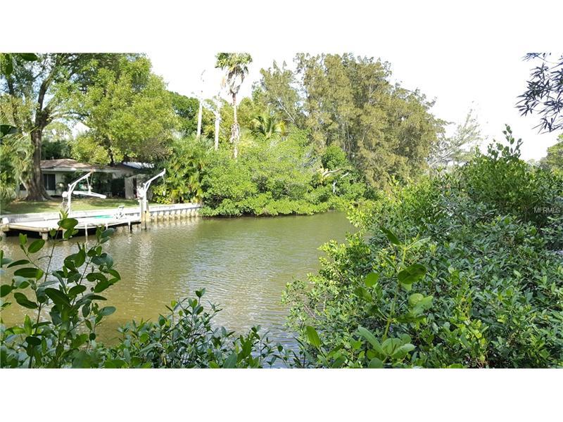 1537 DELAWARE AVENUE NE, ST PETERSBURG, FL 33703