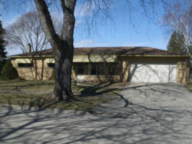 463 RED OAK LN, Rochester Hills, MI 48307