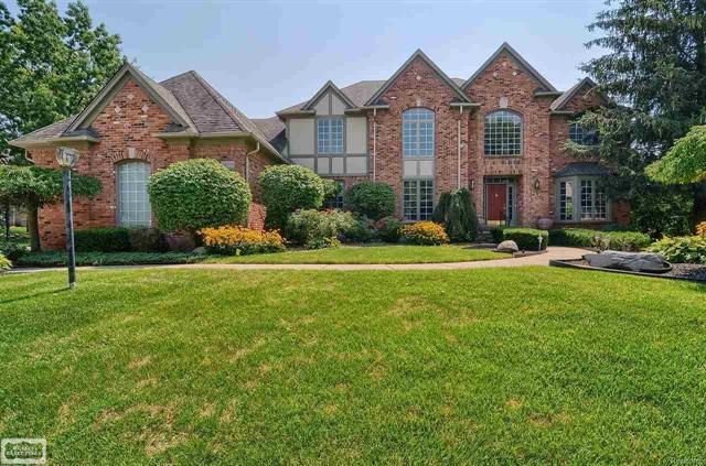 54438 ROSELAWN COURT, SHELBY TWP, MI 48316