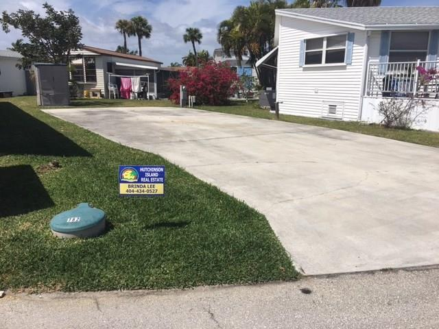 782 Nettles Blvd, Jensen Beach, FL 34957