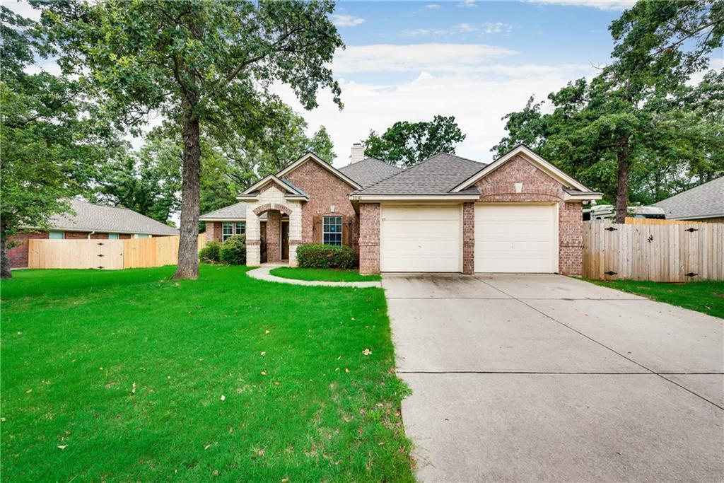 1041 Janet Street, Aubrey, TX 76227