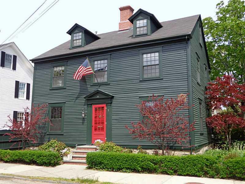41 WASHINGTON ST, Newport, RI 02840