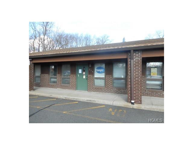 254 Old Nyack Turnpike 254, Chestnut Ridge, NY 10977