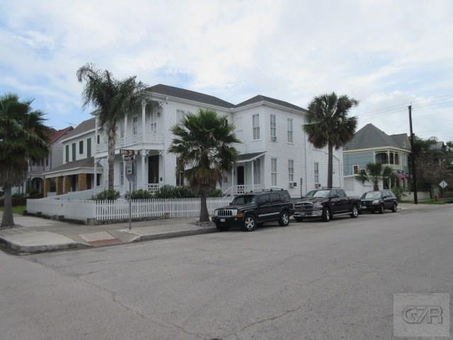 1727 Postoffice Street, Galveston, TX 77550