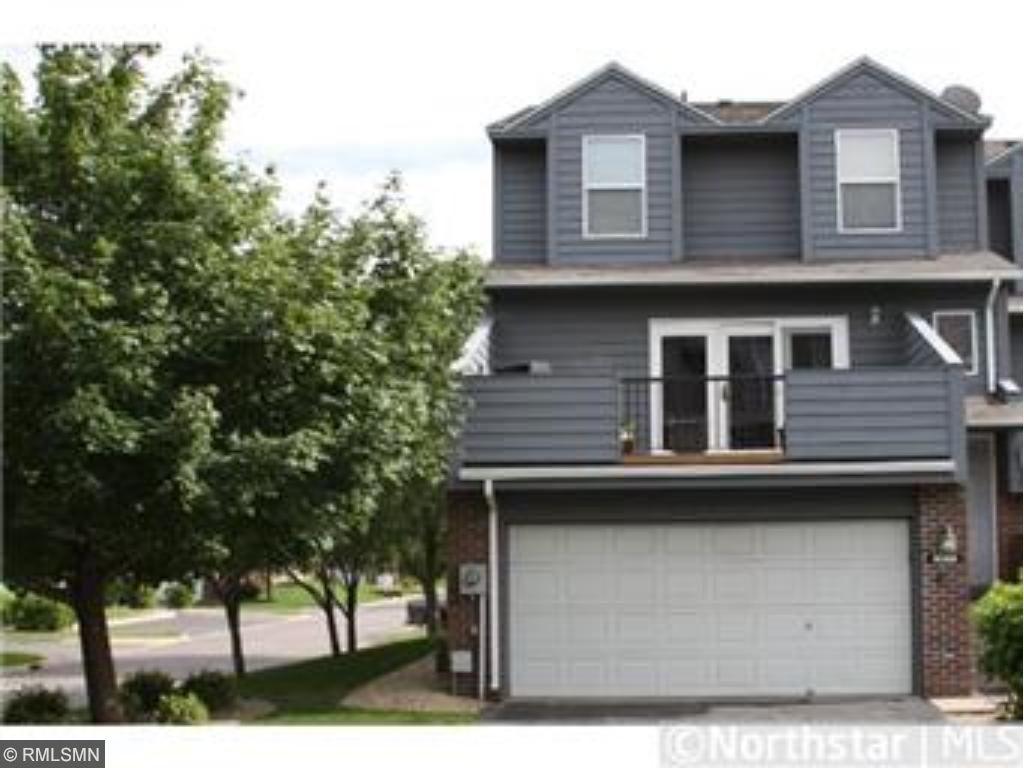 14305 Estates Avenue, Apple Valley, MN 55124