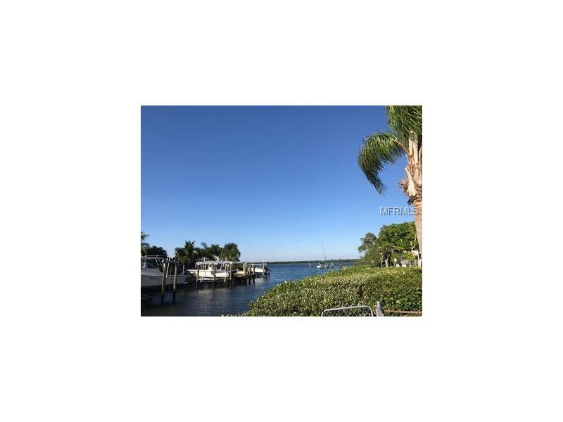 1733 BAYOU GRANDE BOULEVARD NE, ST PETERSBURG, FL 33703