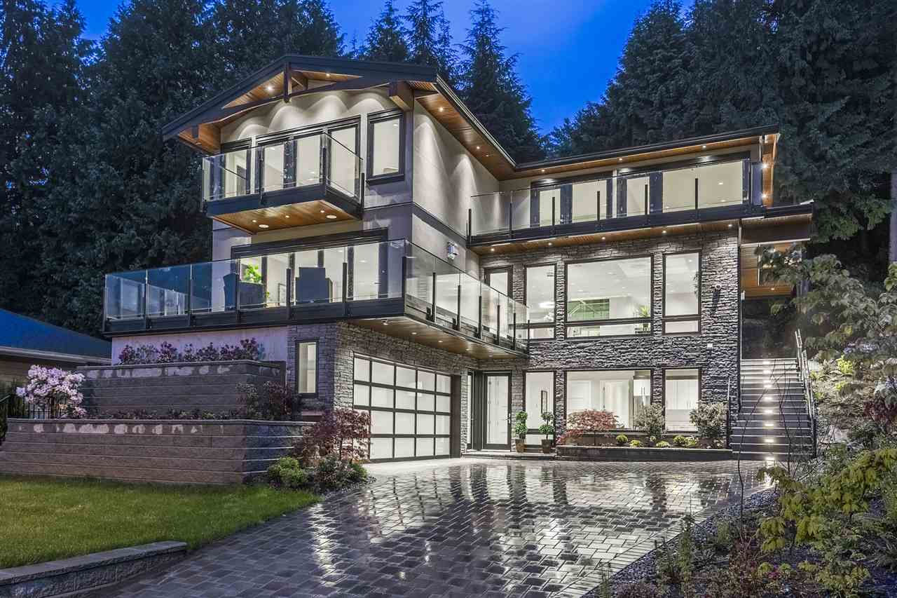 579 ST. GILES ROAD, West Vancouver, BC V7S 1L7