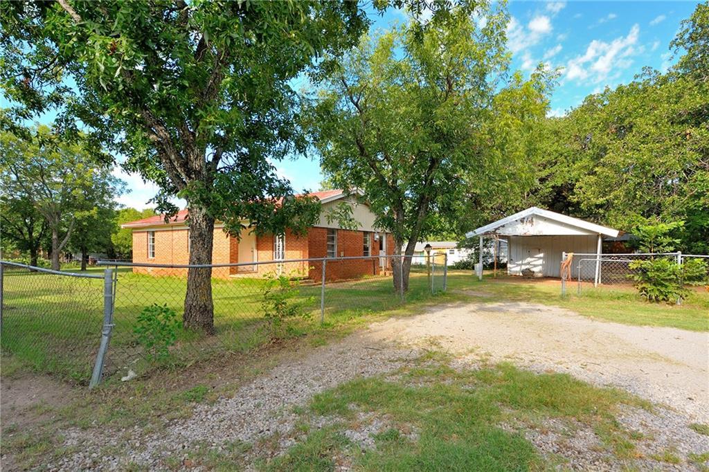 112 Cool Lane, Weatherford, TX 76088