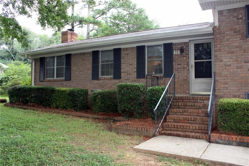 615 Evergreen Drive, Woodstock, GA 30188