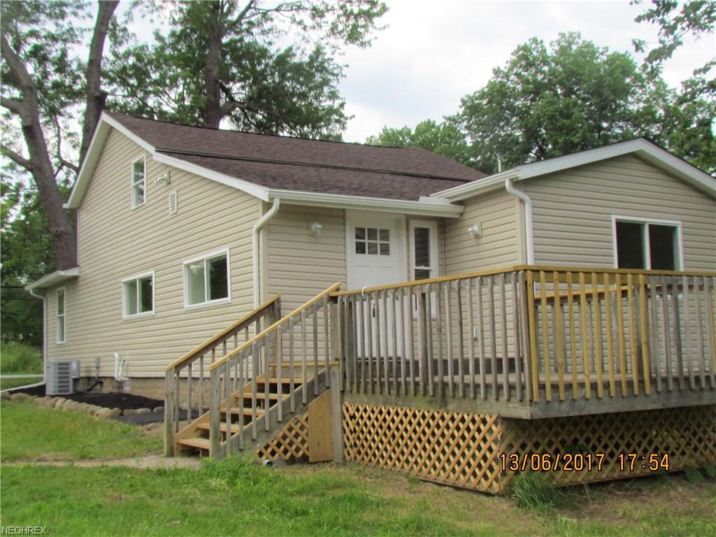 13543 Hotchkiss Rd, Burton, OH 44021