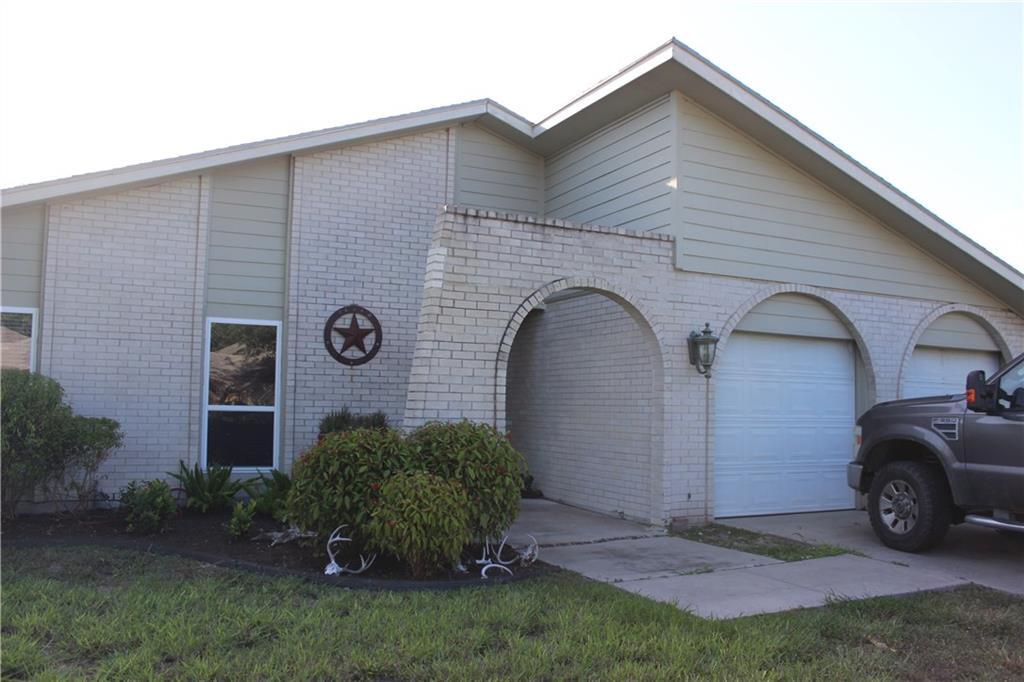 10710 Westview Dr, Corpus Christi, TX 78410