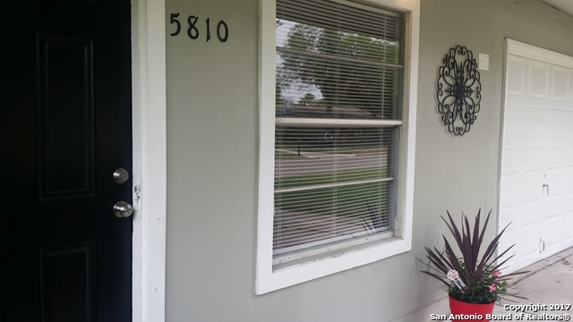 5810 TIMBERROCK DR, San Antonio, TX 78242