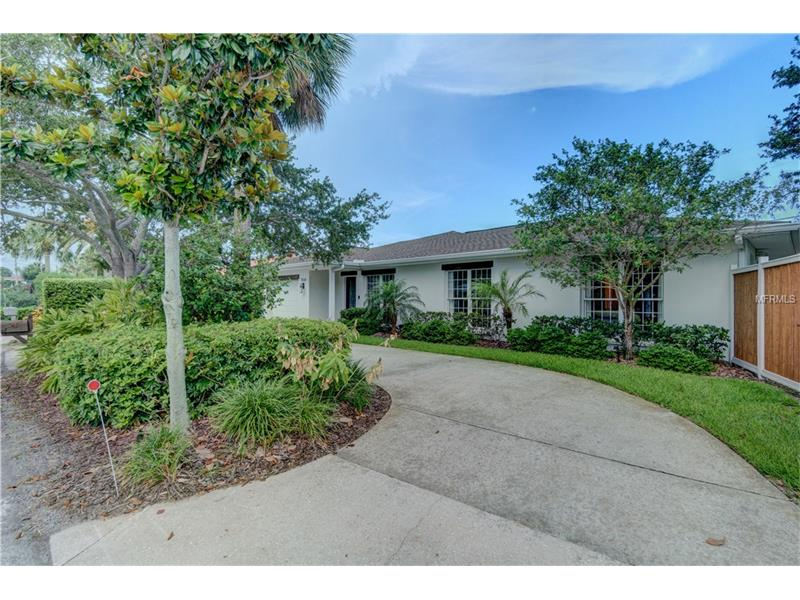 958 NARCISSUS AVENUE, CLEARWATER BEACH, FL 33767
