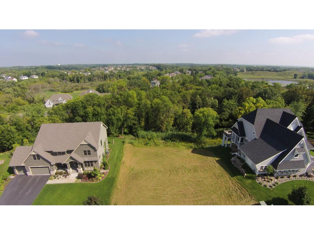 2373 Highover Trail, Chanhassen, MN 55317
