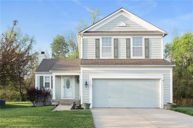 15165 W 157th Terrace, Olathe, KS 66062