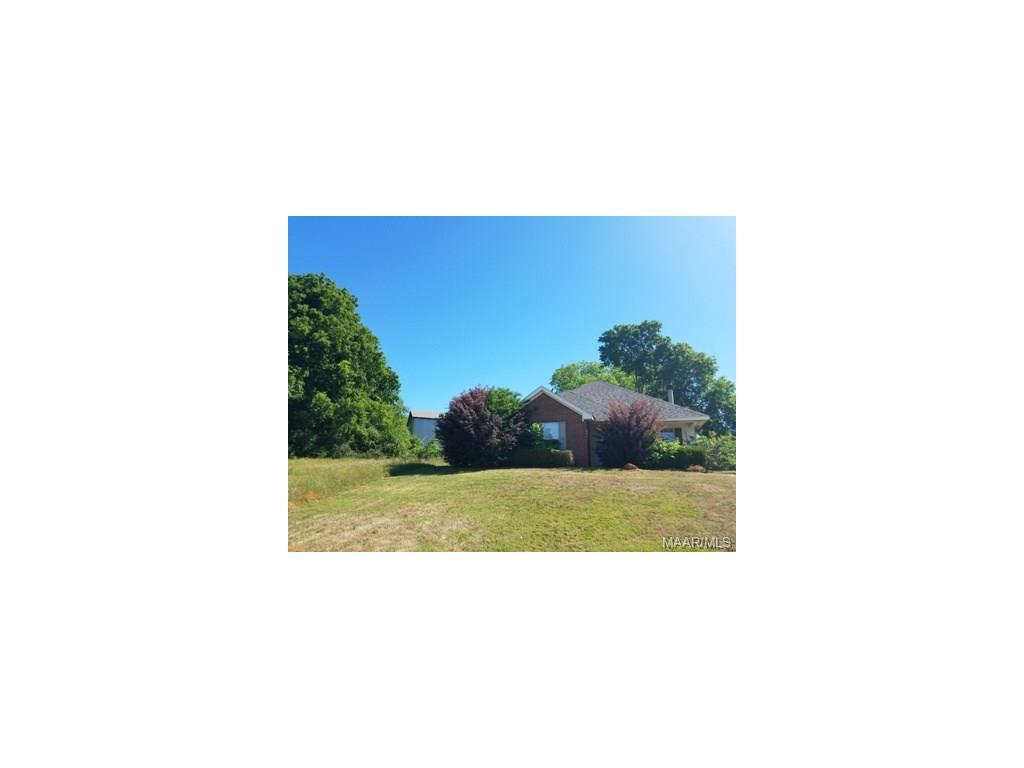 181 HIDDEN VALLEY Road, Deatsville, AL 36022
