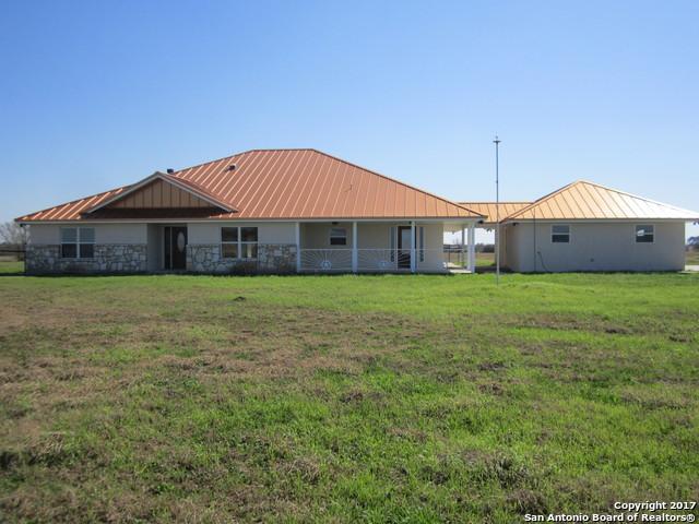 8282 FM 537, Floresville, TX 78114