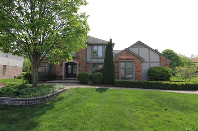 1983 INDEPENDENCE DR, Rochester Hills, MI 48306
