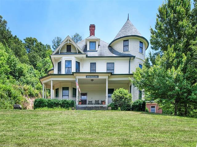2412 Stackhouse Road, Marshall, NC 28753