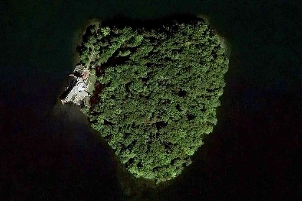 1 Petre Island, Carmel, NY 10541