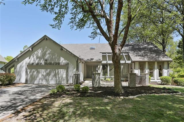 10055 Goodman Drive, Overland Park, KS 66212