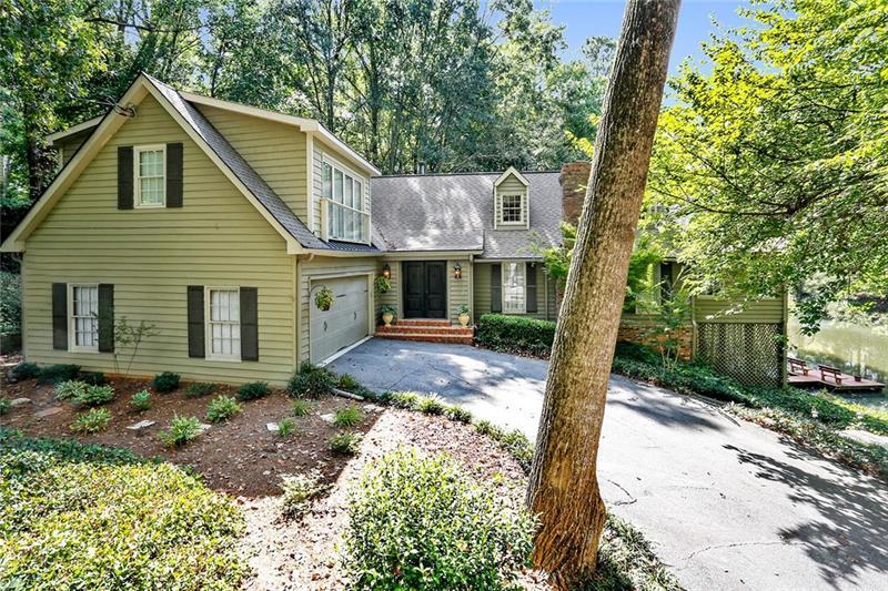 9020 Huntcliff Trace, Atlanta, GA 30350