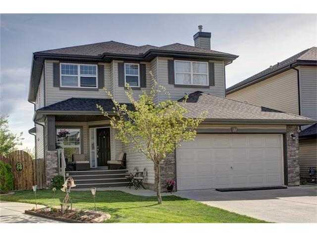 31 VALLEY STREAM Place NW, Calgary, AB T3B 5W1