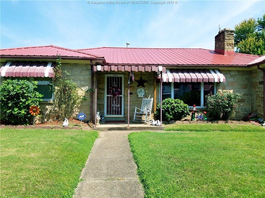 1020 West Virginia Avenue, Dunbar, WV 25064
