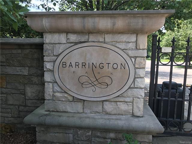 559 BARRINGTON PARK DR, Bloomfield Hills, MI 48304