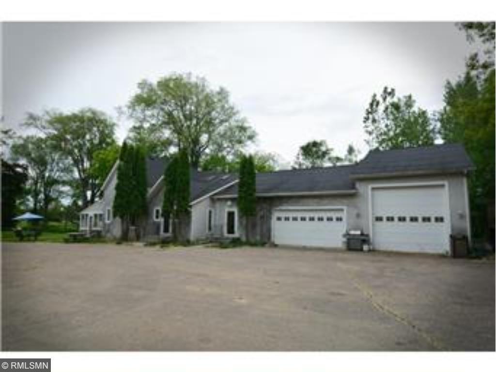 3955 Dodd Road, Eagan, MN 55123