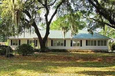21 Ice House Road, Beaufort, SC 29906