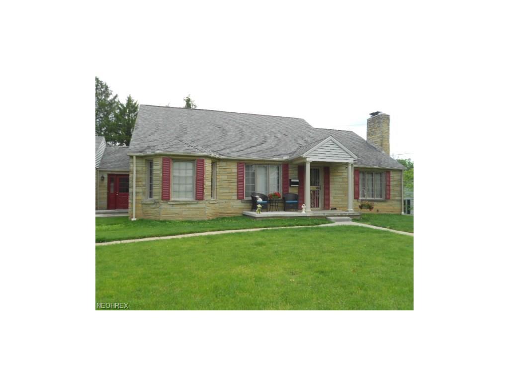 2654 W Ridgewood Cir, Zanesville, OH 43701