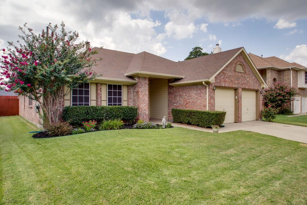 1212 Hanover Drive, Euless, TX 76040